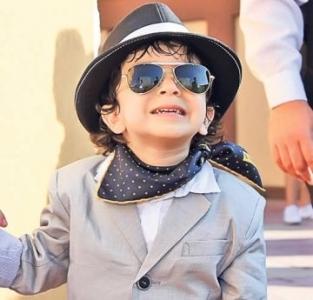 Sosia lui Michael Jackson? Nu, e fiul lui Dan Bursuc (Libertatea)